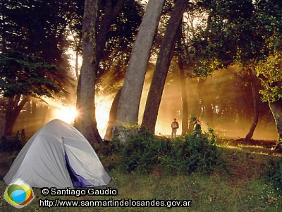 Picture Campground in Huechulafquen Lake (Santiago Gaudio)